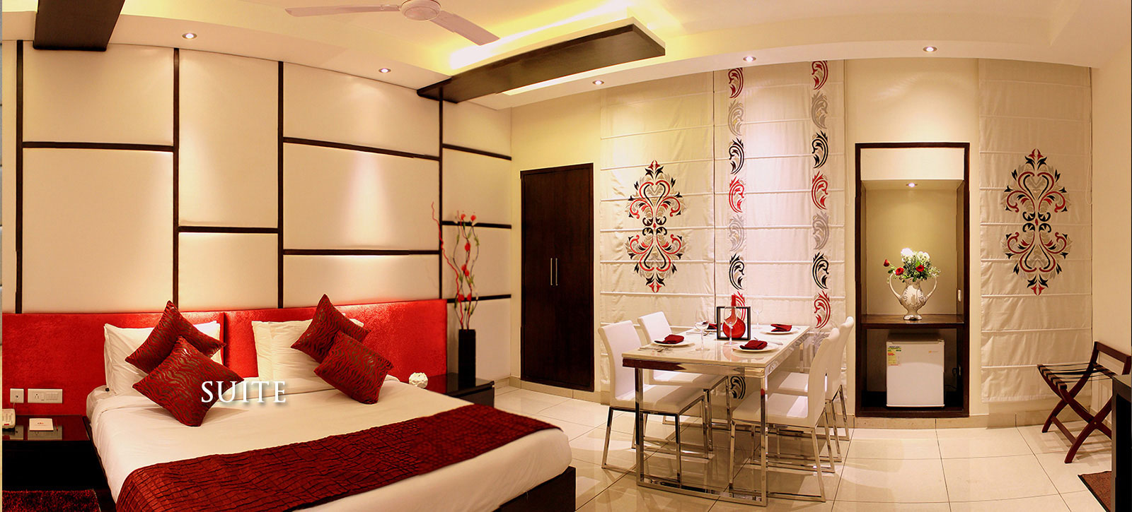 amrapali Grand Hotel Room